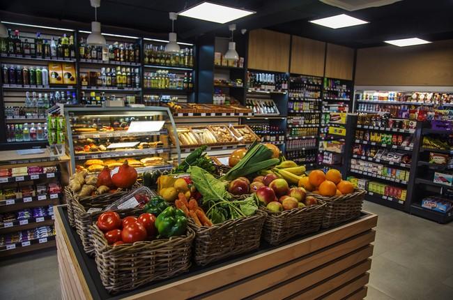 48b540318 Obchody počas sviatku: Tu je zoznam predajní potravín a nákupných ...