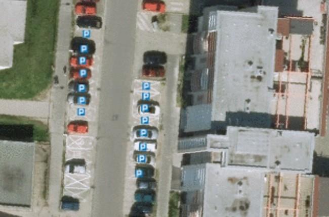 Výborný nápad  na interaktívnej mape skontrolujete parkovacie miesta - mapa  karlovka d7fb1b9b6a3