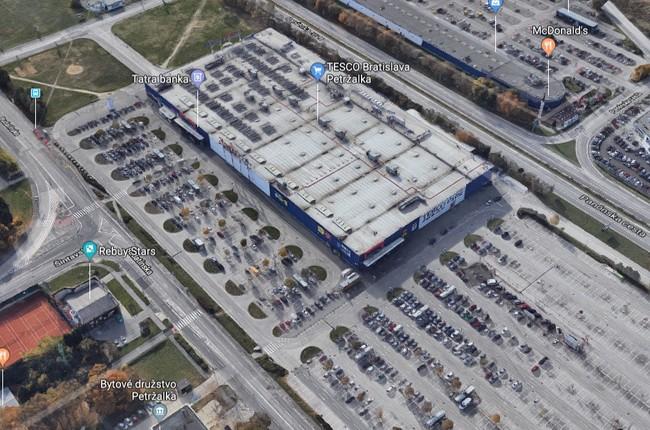 9ca46ebfc9c8e FOTO: V bratislavskej Petržalke vzniká nové nákupné centrum Galéria |  Petržalka | Aktuality | Bratislavské noviny