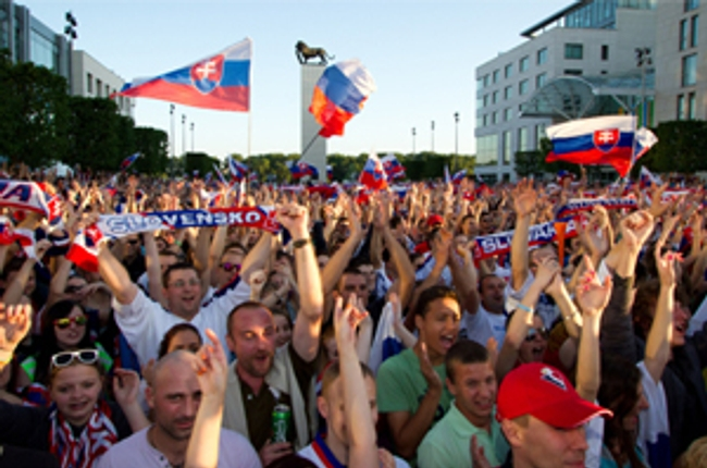 f73b4c4ffe8ff VIDEO: Slováci budú hrať o rok na MS v hokeji svoje domáce zápasy v ...
