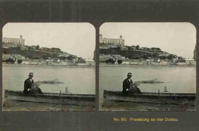 127e1b020ec2 Stereofotografie zo starého prešporku - pamatnik05