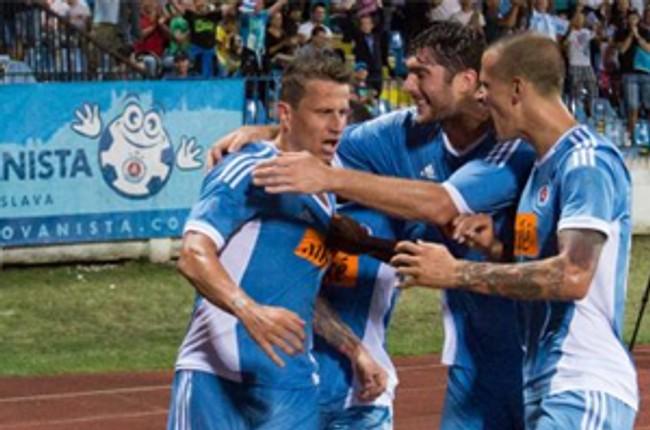 8cdedb568f Slovan v predkole ligy majstrov zdolal tiraspoľ 2 1 - skslovan serif1