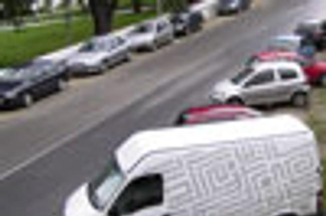 c4150408f3 Parkovanie na Viedenskej ceste je zatiaľ chaotické