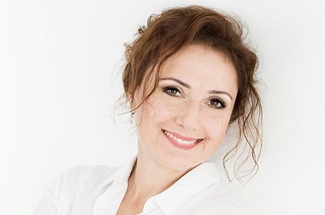 Natalia Rossi striekať