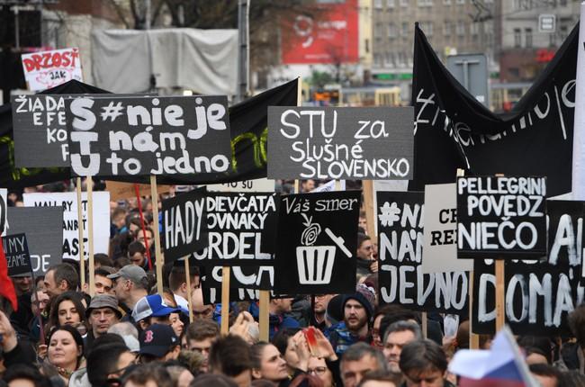 56aa2f73af5b Za slušné Slovensko  Pre dnešný protest bude v centre vylúčená ...