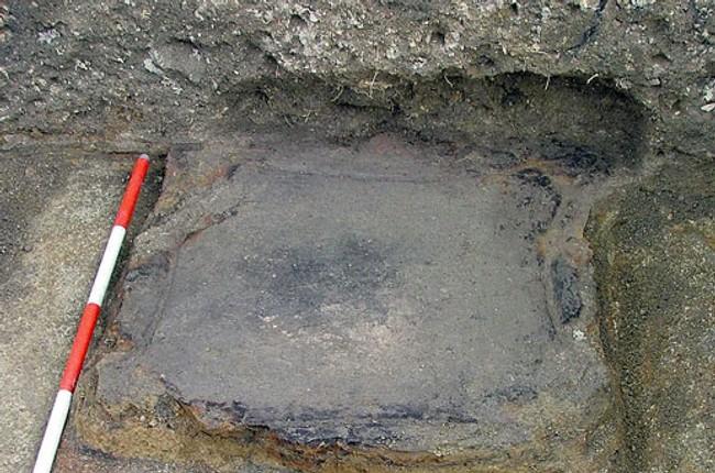 4e3e41a5182b Našli keltskú chatu s kultovým ohniskom - Pamatnik1