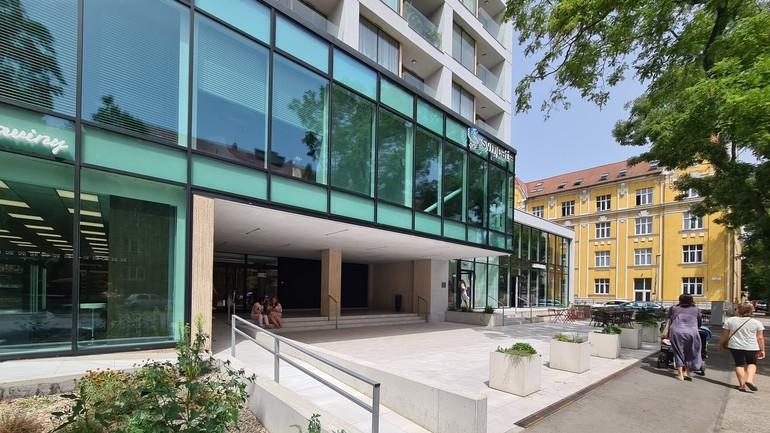 FOTO: Ako po komplexnej rekonštrukcii vyzerá stredisko kultúry na Vajnorskej?  | Bratislavské noviny
