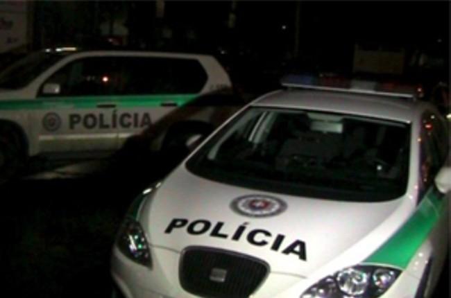 49b174f1a Nehoda autobusu s Lexusom: Vodič osobného auta skončil v nemocnici,  autobusár pokračoval v jazde